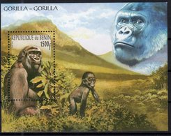 BENIN, 2001, MNH, PRIMATES, GORILLAS, MOUNTAINS, S/SHEET, SCARCE - Gorilles