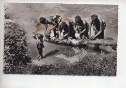 REF 309  :  CPSM Timbrée Cameroun L'afrique Noire Les Lavandières - Cameroun