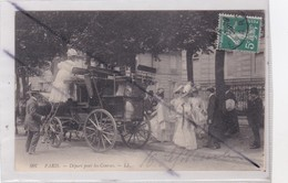 Paris (75) Départ Pour Les Courses (N°997)Elégantes Dames En Calèche. - Transport Urbain En Surface