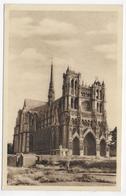 AMIENS - LA CATHEDRALE - CPA NON VOYAGEE - Amiens