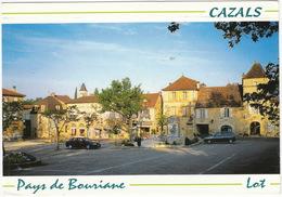 Cazals: FORD SIERRA '90, FIAT UNO 3P - Auberge De La Place - (Lot, France) - PKW