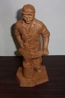 """Statuette En Bois """"Forgeron"""" Signee """"Alain Mariot"""" - Figurines"""