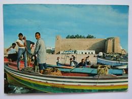 LA KASBAH, FORT, HAMMAMET. FISHERMEN, BOATS. #1. POSTED 1972 - Tunisia