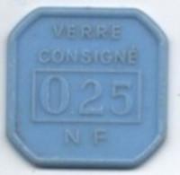 Jeuton Plastique  35mm X 35 Mm Verre Consigné 0,25 NF   MFA - Autres Collections