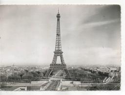 Postcard - La Tour Eiffel - Posted 5th July 1963  Very Good - Cartes Postales