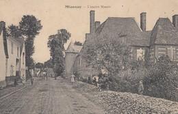 MIANNAY: L'ancien Manoir - France