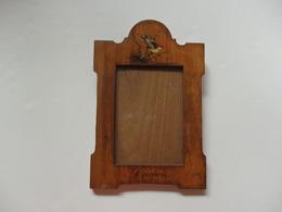 Cadre En Bois D'olivier Souvenir De Luchon (31) 16cm/24cm Année 1950. - Obj. 'Remember Of'