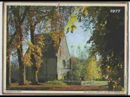 CAL712   CALENDRIER  ANNEE 1977 ..CHAPELLE  AUTOMNE  Voir Photos .Feuillets. . Almanach - Calendars