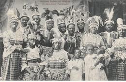 Sudan  Sudanesen Gruppe In Nationaler Festtracht - Hagenbeck Circus Su722 - Sudan
