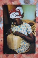 Rwanda - Young Girl - Nice Stamp - Rwanda