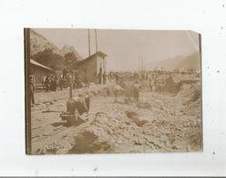 MODANE (73) PHOTO DE LA CATASTROPHE  CRUE DU CHARMAIX 1906 (VILLAGE DES FOURNEAUX ENVAHIT PAR LES PLUIES D'ORAGE) - Luoghi