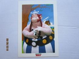 Carte Postale OBELIX & IDEFIX  Photo Michel Hasson - Pour Le Parc Asterix Goscinny Uderzo 1997 - Bandes Dessinées