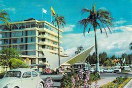 Ecuador - Quito - Hotel Intercontinental Quito  Equateur Vers 1974 Voitures Cars Coccinelle VW - Ecuador