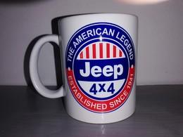 TASSE Ceramique MUG COFFEE WW2 4x4 JEEP WILLYS MILITARIA AMERICAN LEGEND Bicolore - Véhicules