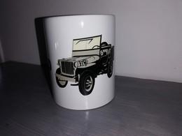 TASSE Ceramique MUG COFFEE WW2 4x4 JEEP WILLYS MILITARIA Dessin + Logo Lettrage - Véhicules