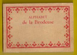 ALPHABET De La BRODEUSE Lettres Chiffres DMC Ca1900 BRODERIE D.M.C. POINT DE CROIX CROSS STITCH Borduurwerk Z350 - Point De Croix