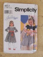 Patron Robe Pour Enfant - Simplicity Réf 9651 - - Patrons