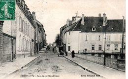CHAMPLITTE - Rue De La République - Francia