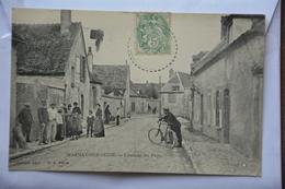 MARNAY-sur-SEINE-l'entree Du Pays-tres Animee - Frankrijk