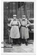 STRASBOURG 1932 - TOUR DE LA CATHEDRALE - 12 EME REGIMENT - BAS RHIN - CARTE PHOTO MILITAIRE - Personnages