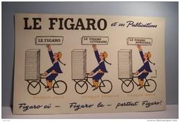 BUVARD  --LE  FIGARO  Et Ses Publications   -- Savignac Illustrateur - - Stationeries (flat Articles)