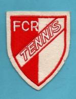 FCR  Tennis Ecusson Brodé ( Tennis Club De Rouen ? ) Format 8cm X 9,8cm  Epoque Indeterminée - Tennis