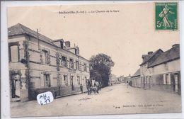 INCHEVILLE- LE CHEMIN DE LA GARE- BEL ATTELAGE PASSANT DEVANT LE CAFE DU COMMERCE - Other Municipalities