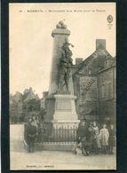 CPA - MOREUIL - Le Monument Aux Morts, Très Animé - Moreuil