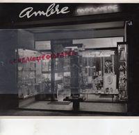 87-LIMOGES-PARFUMERIE AMBRE-L' ECRIN LIMOUSIN-HELENA RUBINSTEIN- 28 PLACE REPUBLIQUE -RARE PHOTO ORIGINALE ANNEES 60-70 - Métiers