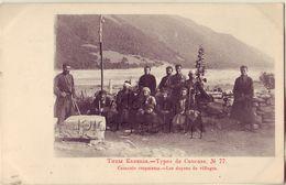 RUSSIE Type De Caucase 77 Les Doyens Du Village - Russia