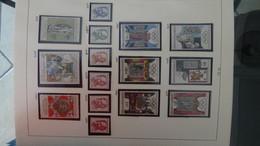 Collection De Timbres Tchecoslovaquie ** N° 1615 à 2659 Manque 7 Timbres . Voir Commentaires - Sammlungen (im Alben)