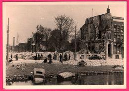 Carte Photo Rotterdam - Bombardement 1940 - Animée - Guerre - Voitures Dans L'eau - AGFA - 9 X 12,5 Cm - Rotterdam