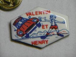 Pin's - Automobile VALENTIN Et HENRY - Auto-école LUNEVILLE - Badges