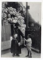 PARIS  --- PARIS  1900 -- Le Marchand De Moulinets à Vent - Otros