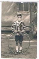 JEUX  1938 JOUETS  GARCON  JEUX  CERCEAU    CARTE  PHOTO     TBE     1T916 - Jeux Et Jouets