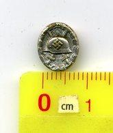 Miniatur-Orden / Nadel ,3.Reich,> #* VERWUNDETEN ABZEICHEN-(SILBER) *#,badge Allemand - Germany
