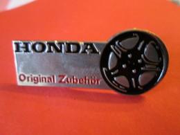 PIN'S    HONDA - Honda