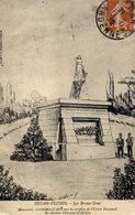 08 SEDAN-FLOING - Les Braves Gens - Monument élevé Sous Les Auspices De L'Union Nationale Anciens Chasseurs D'Afrique - Sedan