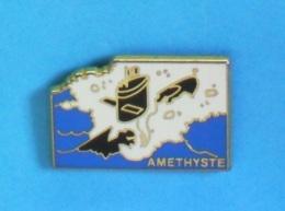 1 PIN'S // ** AMETHYSTE / SOUS-MARIN NUCLÉAIRE D'ATTAQUE / MARINE NATIONALE FRANÇAISE ** . (D C N Arthus Bertrand) - Militaria