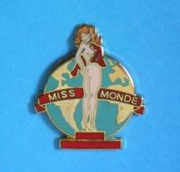 1 PIN'S //   ** PIN-UP / MISS MONDE ** . (Démons & Merveilles C Turner ENT) - Pin-ups