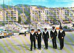 Toulon Promenade Sur La Darse CPM Ou CPSM - Toulon