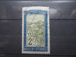VEND BEAU TIMBRE DE MADAGASCAR N° 109 , XX !!! - Madagascar (1889-1960)