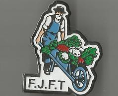 Pin's FJFT (jardinier) - Pin's