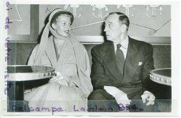 - Photo De Presse - Original - Rita HAYWORTH, Buster KEATON, ,  24-09-1952, TBE, Scans. - Famous People