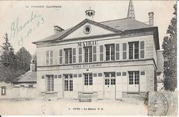 CPA  De  CUTS  (60)  -   La  Mairie  -  Ecole  Des  Garçons     //    TBE - France