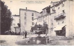 06 - PUGET THENIERS : La Place De La Fontaine ( Café Hotel Croix De Malte ) CPA - Alpes Maritimes - Frankrijk