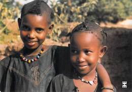 Afrique- BURKINA FASO OUAGADOUGOU Province De Kadiogo Fillettes Gargasa-bé  éxilées Mais Souriantes  *PRIX FIXE - Burkina Faso