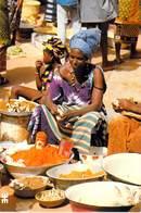 Afrique- BURKINA FASO BANFORA Marché Le Coin Des Condiments (poudres Tomates, Piment,sumbala, épices)  *PRIX FIXE - Burkina Faso