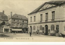 CPA La Flèche Place Du Marché Au Blé - La Fleche