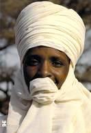 Afrique- BURKINA FASO  MARKOYE Le Chèche Si Utile Au Désert  (foulard.) *PRIX FIXE - Burkina Faso
